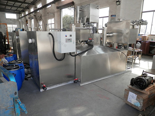 3.5米*1.35米*1.85米飯店用自動刮油油水分離裝置廠家供應